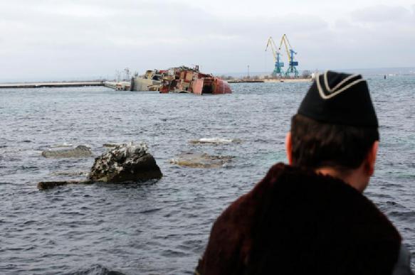 Поиски пропавшего пилота Су-27 прекращены в Черном море