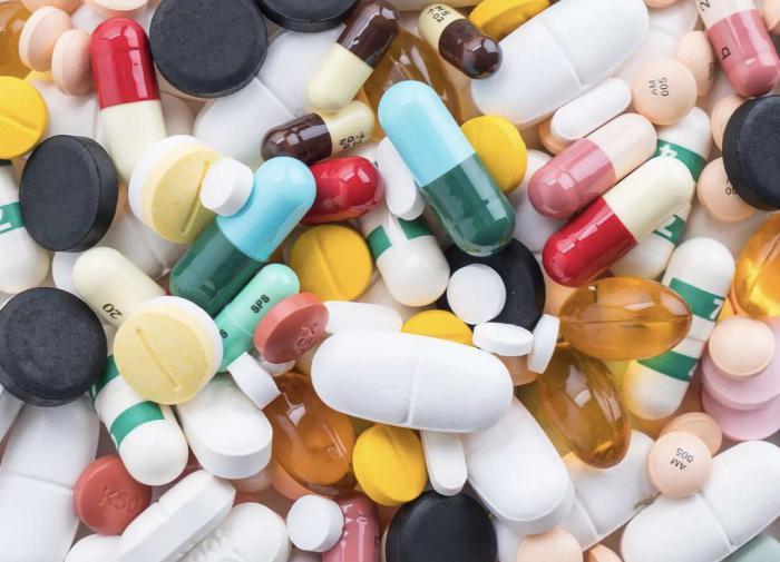 В России заблокировали 42 сайта, незаконно продающих лекарства