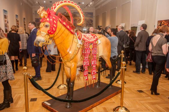 """Выставка """"Золото великой степи"""" начинает свое мировое турне в Москве"""