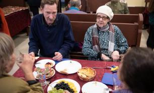 В Петербурге закрыли кафе, которое бесплатно кормило пенсионеров обедами