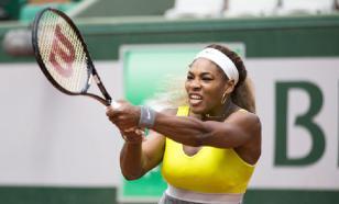 Серена Уильямс вылетела с Australian Open, Возняцки завершила карьеру