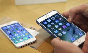 """IPhone 6 и 7 """"привязались"""" к чужим Apple ID"""