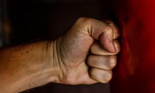 В Калуге мужчина избивал подругу в гостях, пока та не умерла