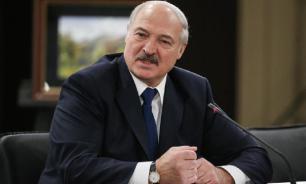 Лукашенко сменил глав Минобороны и Генштаба вооруженных сил Белоруссии