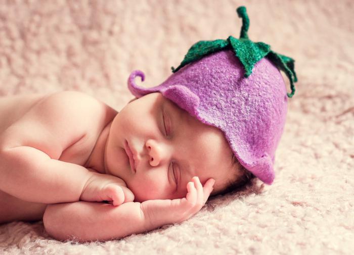 Мозг младенцев способен распознавать эмоции только на базовом уровне