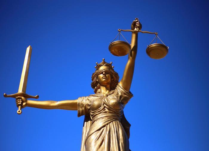 Миллион за измену: россиянка подала на своего парня в суд за неверность