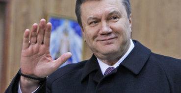 Эксперт: У Азарова больше шансов остаться, чем у Януковича
