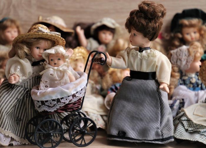 Игры с куклами формируют чувство сострадания