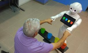 Разработан робот, способный помочь парализованным людям