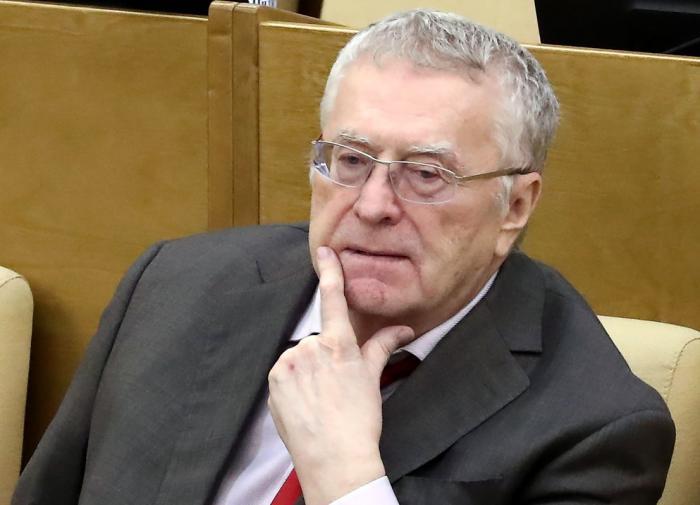 Жириновский предложил Путину проводить выборы не в сентябре