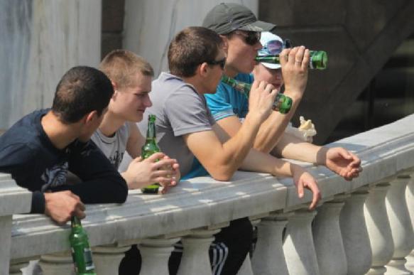 Выявлена связь между изменениями мозга и подростковым пьянством