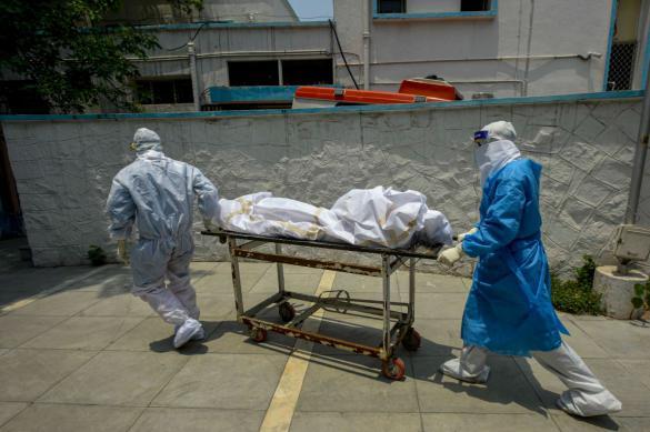 Коронавирус в России: еще 8,2 тысячи инфицированных