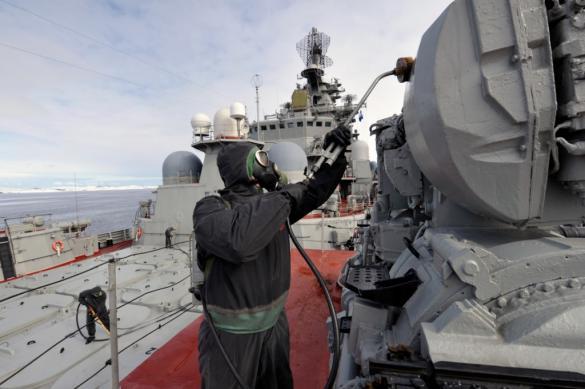 Учения по дезинфекции прошли на флагмане Северного флота