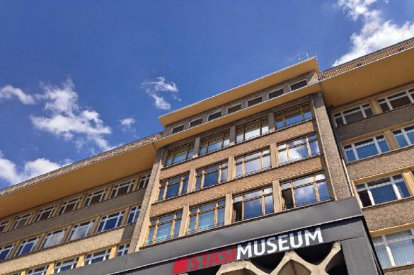Ордена и украшения вынесли из музея Штази грабители