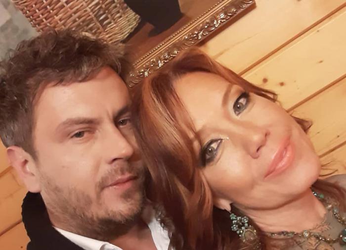 Азиза раскрыла причину переноса свадьбы с итальянским женихом