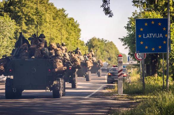 Для победы над Россией НАТО надо научиться перемещаться по грязи