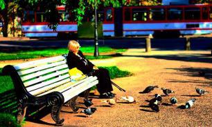 Одиноким людям в четыре раза сложнее избавиться от депрессии - ученые