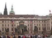 Министр внутренних дел Чехии получил отравленную посылку