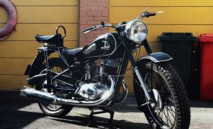 "Участники пробега на мотоциклах ""ИЖ"" повторили маршрут 1936 года"