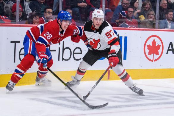 НХЛ обсуждает вариант плей-офф с 24 командами