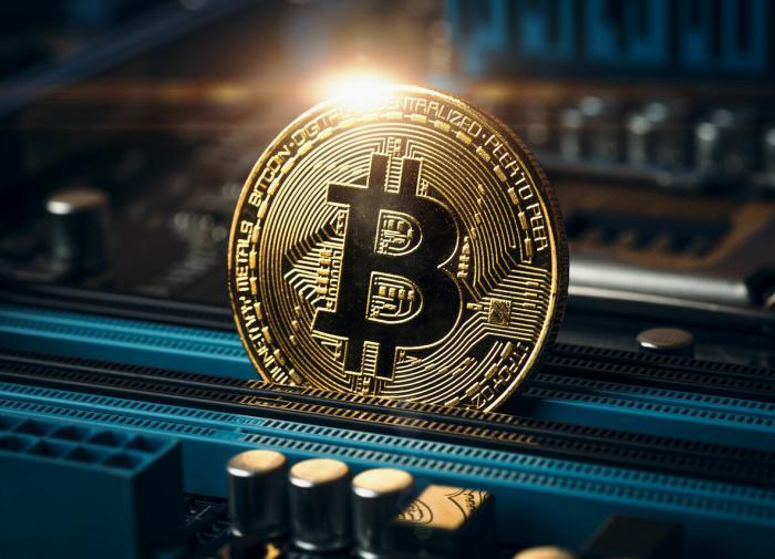 Стоимость биткоина превысила 15 тысяч долларов впервые с 2018 года