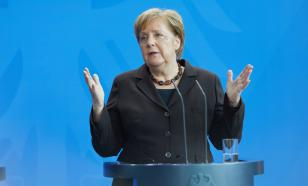 Почему Меркель отказалась ремонтировать дорогу в омской деревне