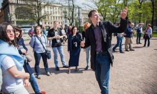 Иностранцам могут запретить работать в РФ гидами и экскурсоводами