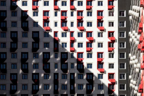 Эксперт по недвижимости: в кризис россияне вкладывают в бетон