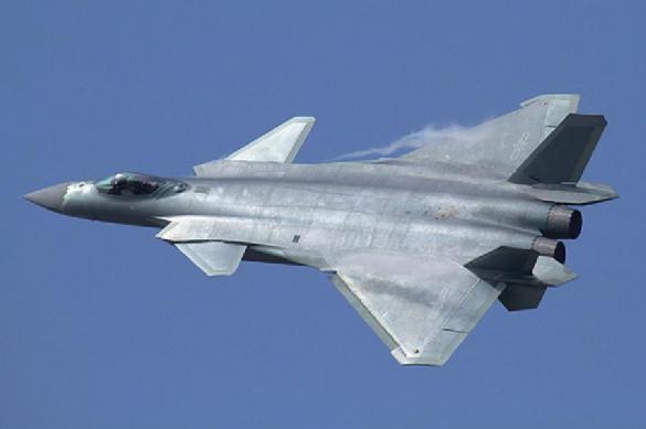 Китайские эксперты нашли параметр, который делает их J-20 круче F-35