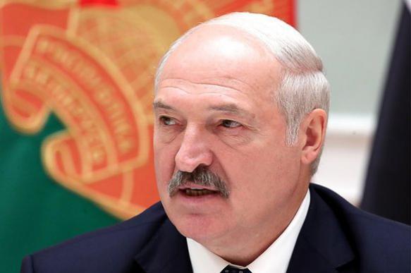 Эксперт: Минск не простит смех Зеленского над шуткой об усах Лукашенко