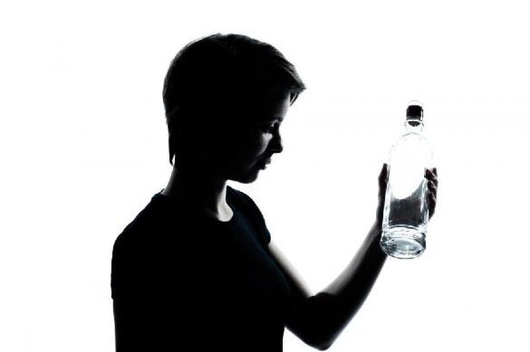 Крепкие спиртные напитки официально признали дезсредствами