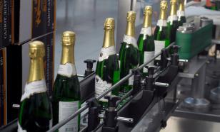 Султан Хамзаев призвал наложить запрет на продажу детского шампанского
