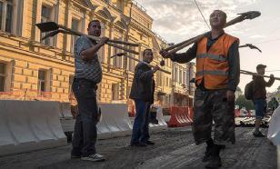 Сотни рабочих взбунтовались в Тобольске из-за зарплаты