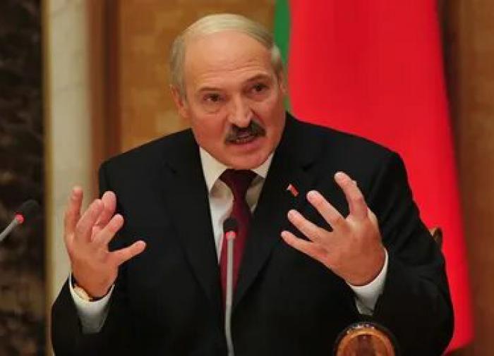 Лукашенко: Белоруссия сейчас переживает сразу 5 пандемий