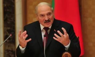 Александру Лукашенко обещают войну