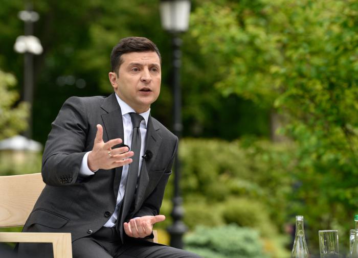 Зеленского так и не оштрафовали за нарушение карантина