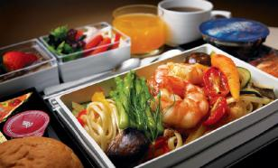 Улетное меню: чем нас кормят в самолетах?