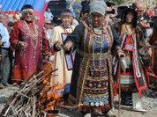 Магаданская власть помогает коренным народам