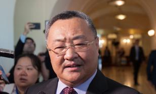 МИД Китая: КНР не ведет переговоры с Россией, а консультируется