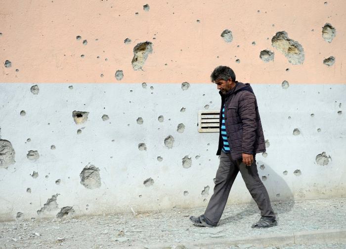 Власти Франции заявили, что перемирие в Карабахе - вопрос пары дней