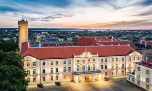 """""""ЧП"""" в Эстонии: не успевают построить стену на границе с Россией к юбилею"""