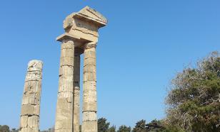 Почему не дают открыть могилу матери Александра Македонского