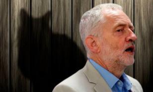 Лидер лейбористов заподозрил своего кота в измене партии