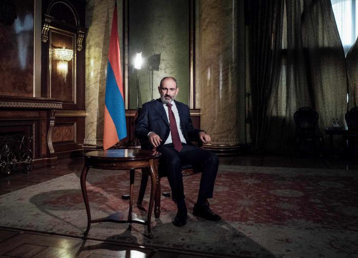 Пашинян: армянам нужно взять оружие и отправиться на защиту Родины