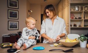 В России могут ввести зарплату для матерей