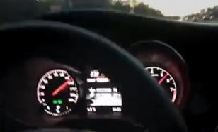 Почти взлетел: мажор в центре Москвы испытал свой Mercedes на скорости 250 км в час