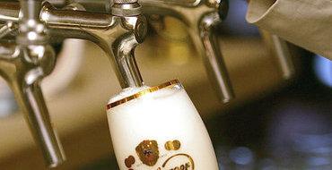 В летних кафе Москвы запретили наливать пиво