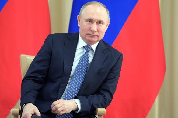 Путин призвал четко продумать детский отдых летом