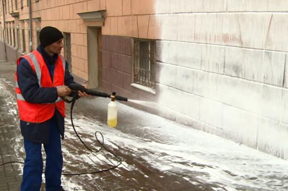 Фасады домов в Москве отмоют шампунем