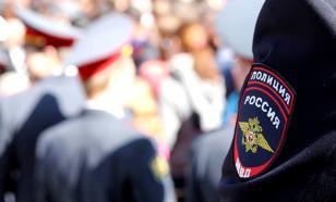 На Алтае в одном из сёл полицейский врезался в дом